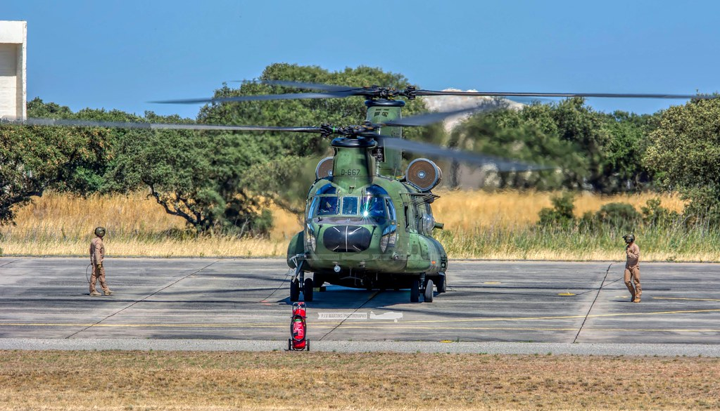 D-667 Boeing CH-47D Chinook