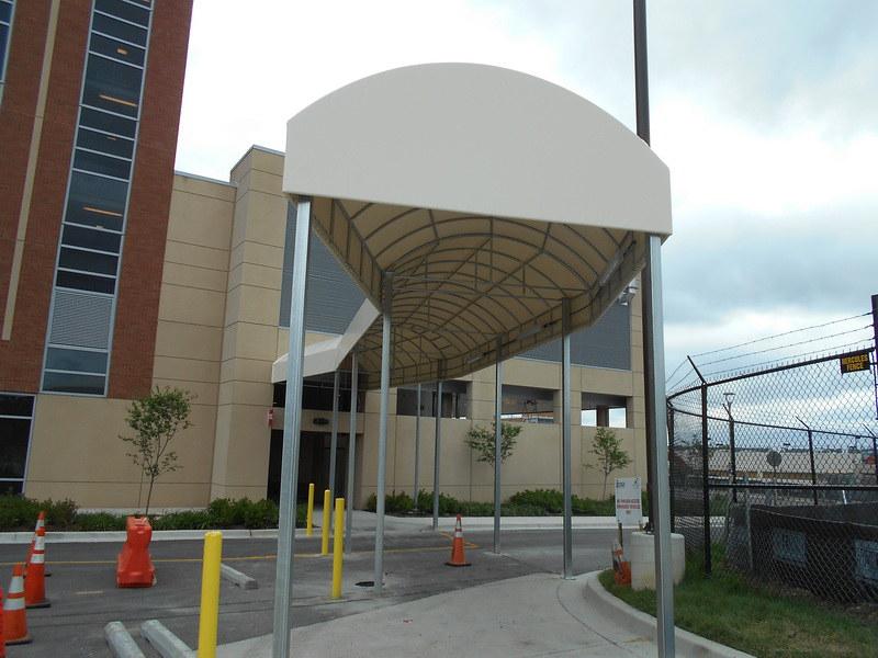 long-contoured-entrance-canopy