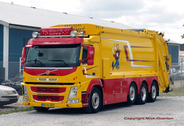 Immaculate Volvo FM trash truck BP56487 first registered 1st February 2018