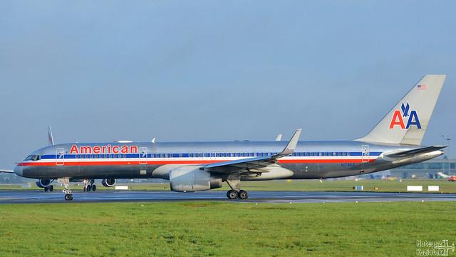 American Airlines 🇺🇸 Boeing 757-200 N176AA