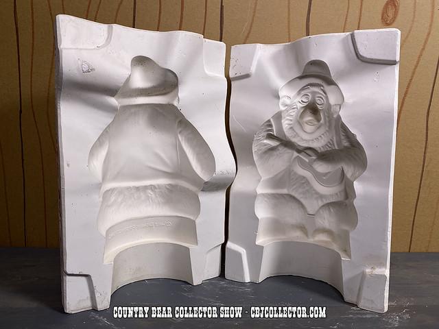 1970s Walt Disney Big Al Leisuramics Ceramics Mold - CBCS 316