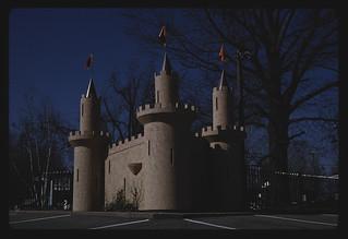 Roadside castle, Garden Golf, North Belt Highway, Saint Joseph, Missouri (LOC)