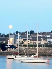 Moon yachts