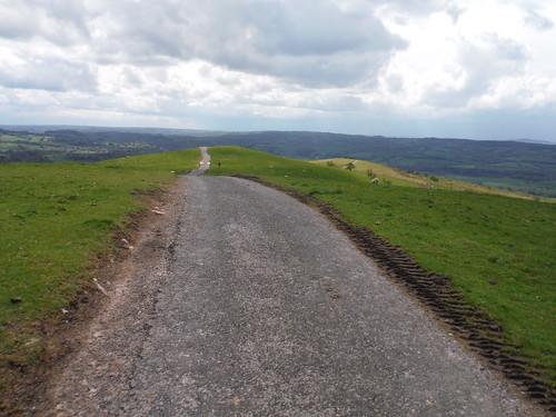 Wincle Minn: the view ahead SWC Walk 381 - Macclesfield Circular (via the Dane Valley)