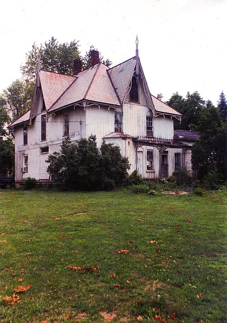 North Fairfield Gothic July 1999