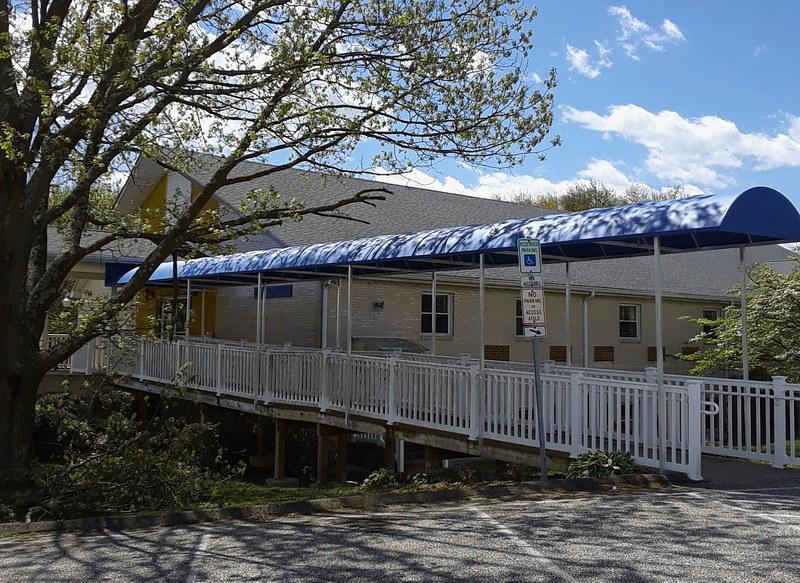 long-ramp-awning-hoffman-baltimore