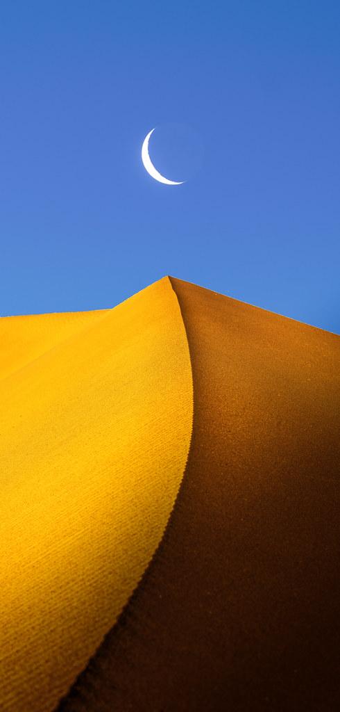 Crescent Dune Death Valley Mesquite Dunes Fine Art Landscape Nature Photography Fuji GFX100! Crescent Moon over Sand Dune! Death Valley California Dr. Elliot McGucken Master Luxury Fine Art Fujifilm GFX 100 & GF 100-200mm f/5.6 R Lm Ois Wr Zoom Lens!
