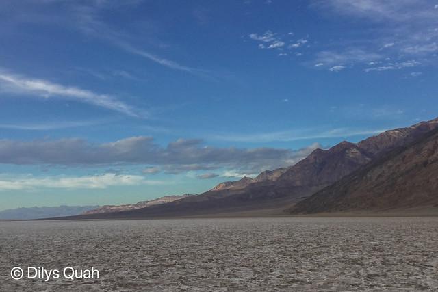 DEATH VALLEY BADWATER BASIN (4 X 6) SUNNY NEVADA MOUNTAIN DESERT