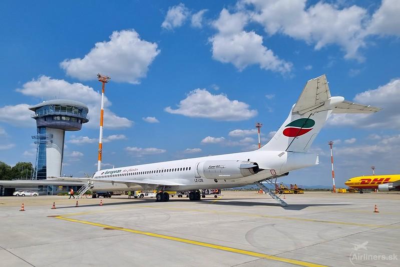 LZ-LDS European Air Charter McDonnell Douglas MD-82