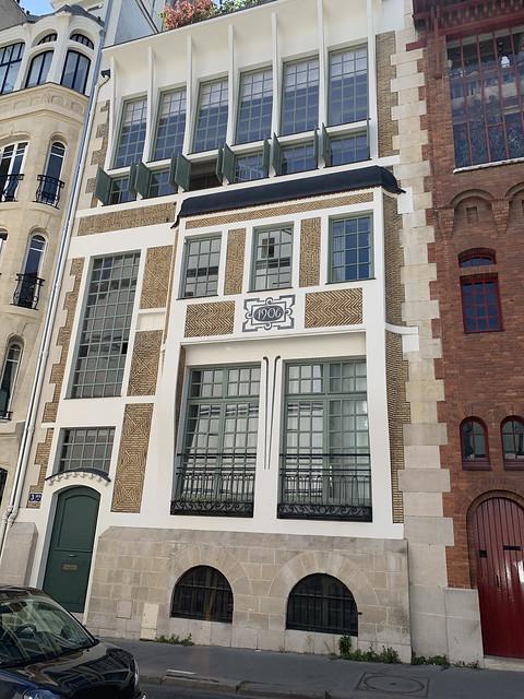 2021.06.15.020 PARIS - Rue Cassini, hôtel du peintre Laurens (1903) par Louis Süe