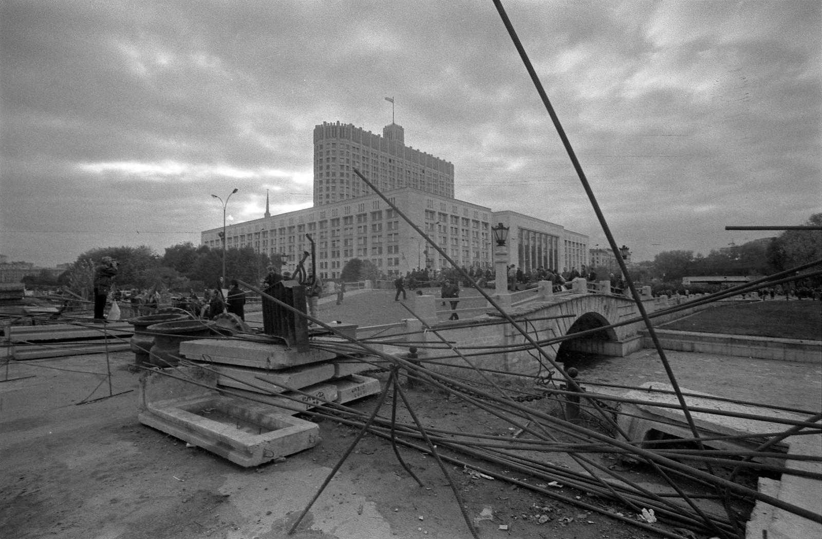 1993. Баррикады у Белого дома, октябрь  (2)