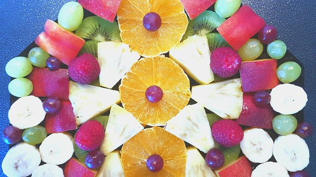 FrüchteTrinität / FruitsTrinity / 果实三联书店 / ФруктыТроица