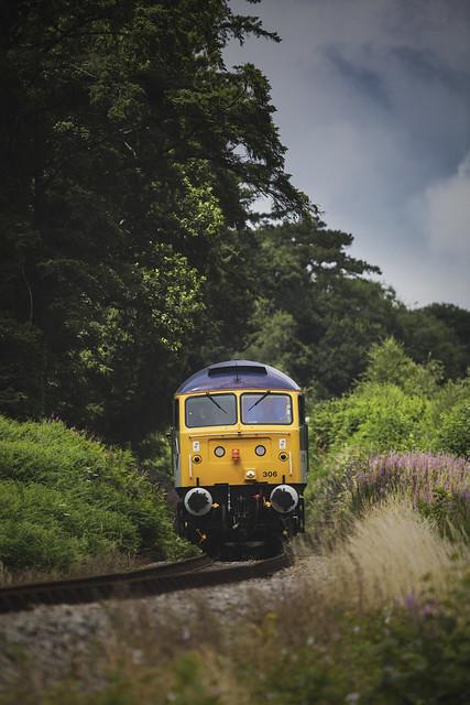 Class 47306 approaching Bodmin Parkway