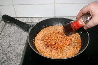 14 - Taste with chili flakes / Mit Chiliflocken abschmecken