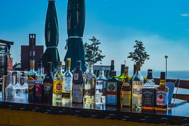 a touch of beach bar