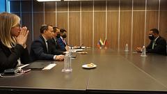 Trinidad y Tobago sostiene reunión bilateral con Venezuela