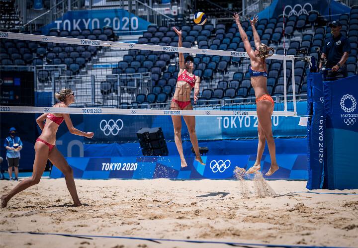 Beachvolleybalsters Stam en Schoon onderuit bij olympisch debuut