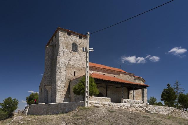 Moradillo de Roa, iglesia de San Pedro Apóstol.