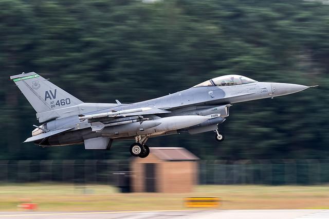 88-0460 / United States Air Force / Lockheed Martin F-16CG Fighting Falcon