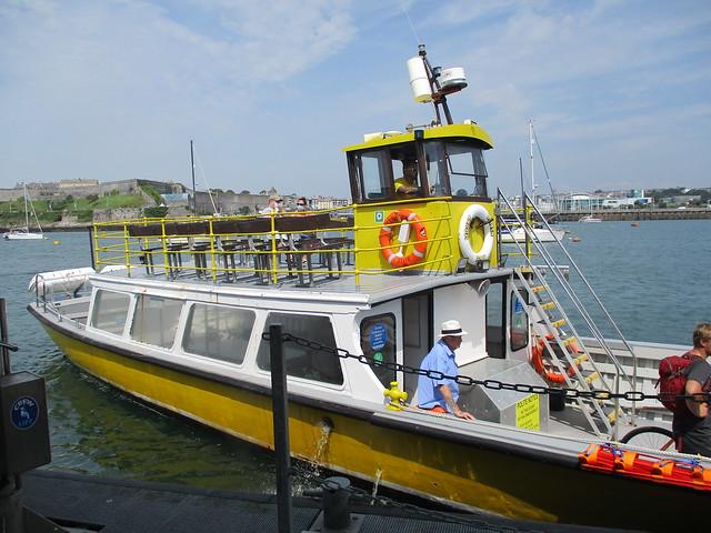 Plymouth Mount Batten Ferry arrives