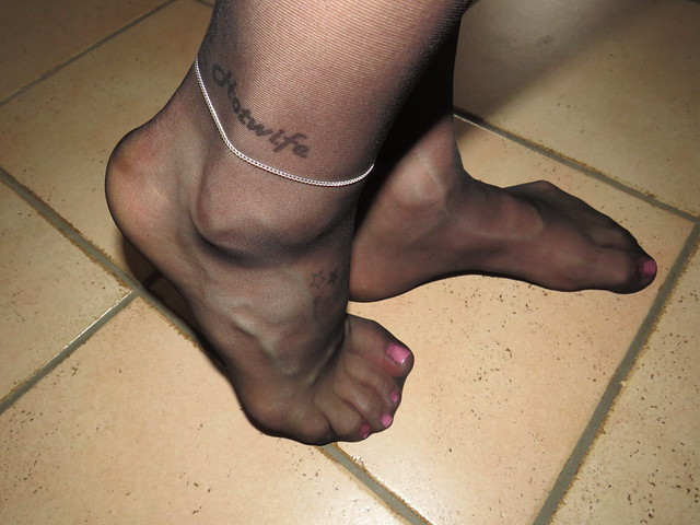 nyloned feet