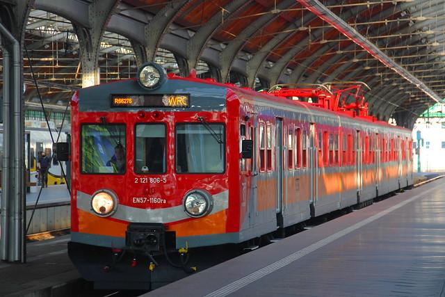 PR EN57-1160 , Wrocław Główny train station 21.07.2021