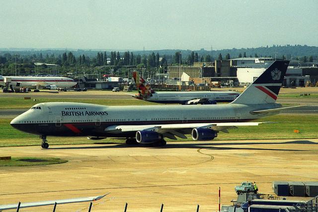 G-BDXJ, London Heathrow, August 21st 2001