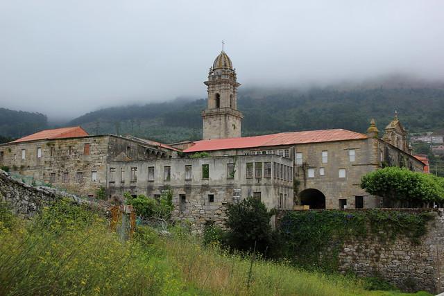 El monasterio en la niebla...