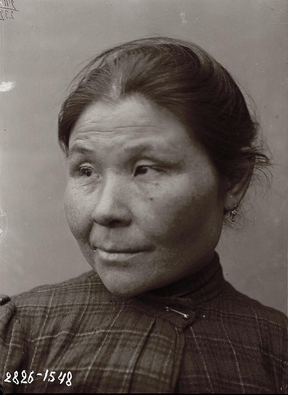 1909. Март - апрель. Аграфена Суворова.Алеутские острова, Умнак остров