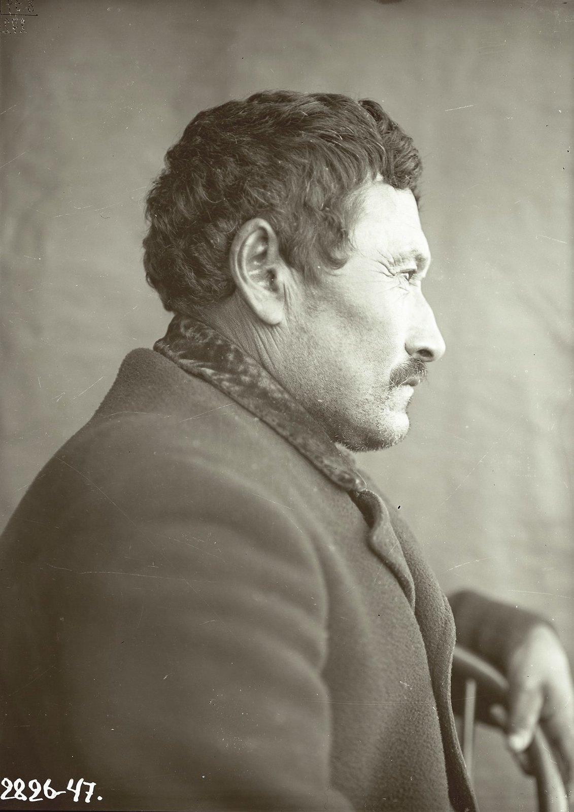 1909. 1 марта. Алеут Кирилл Ермилов (профиль). Алеутские острова, Умнак остров