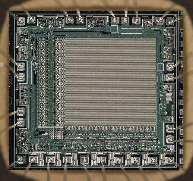 Microchip M27C64A12F1 (1985)