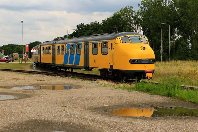 151 - Stichting 2454 Crew - Born