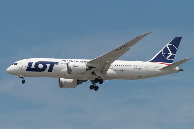 SP-LRG Boeing 787-8 35944 KORD