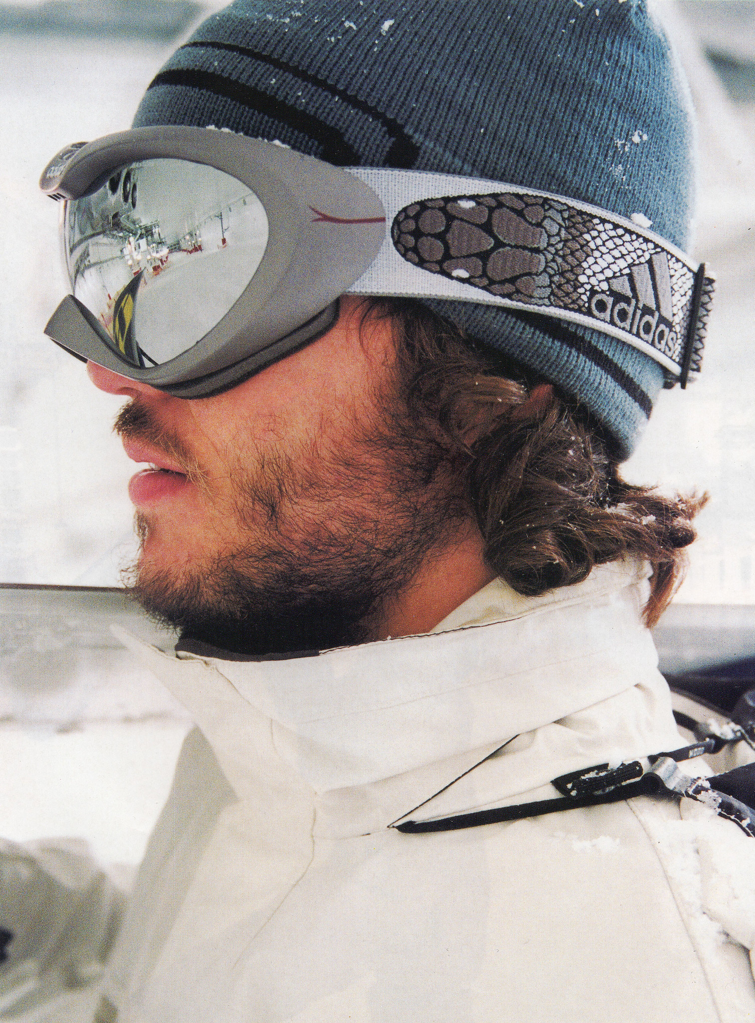 Giles Caldicott Photography: travel & sports photographer   Snowboarder