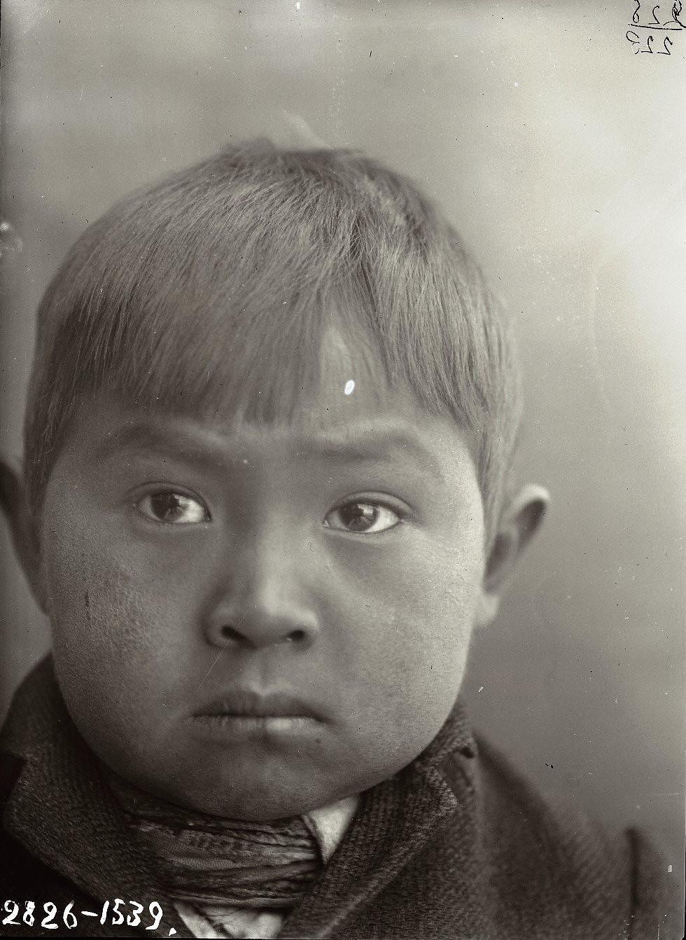 1909. Март - апрель. Алексей Черкашин (фас). Алеутские острова, Умнак остров