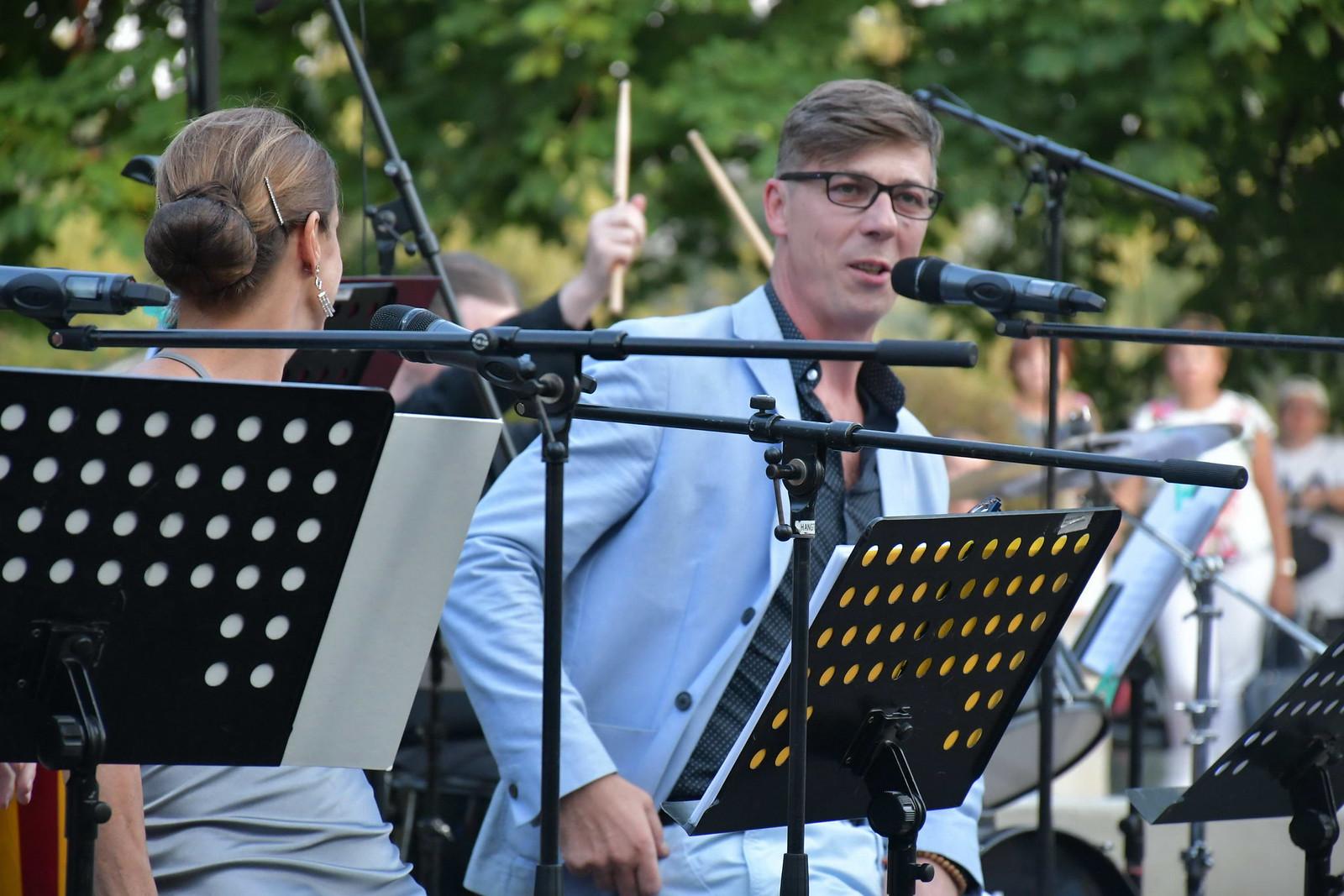 Szigligeti Színház művészei léptek fel a Zeneteraszon