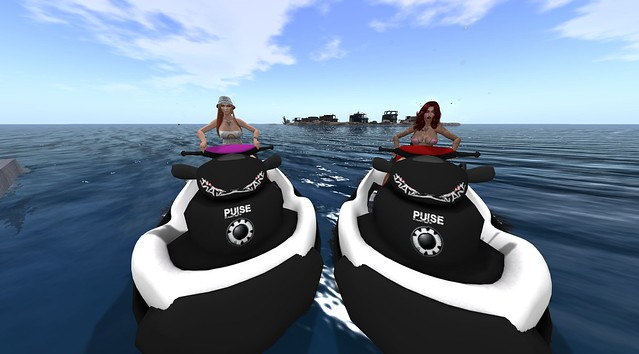 Just a lil Jet Skiing Around!!