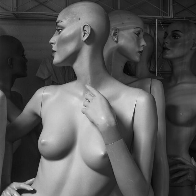Mannequins Warehouse 33