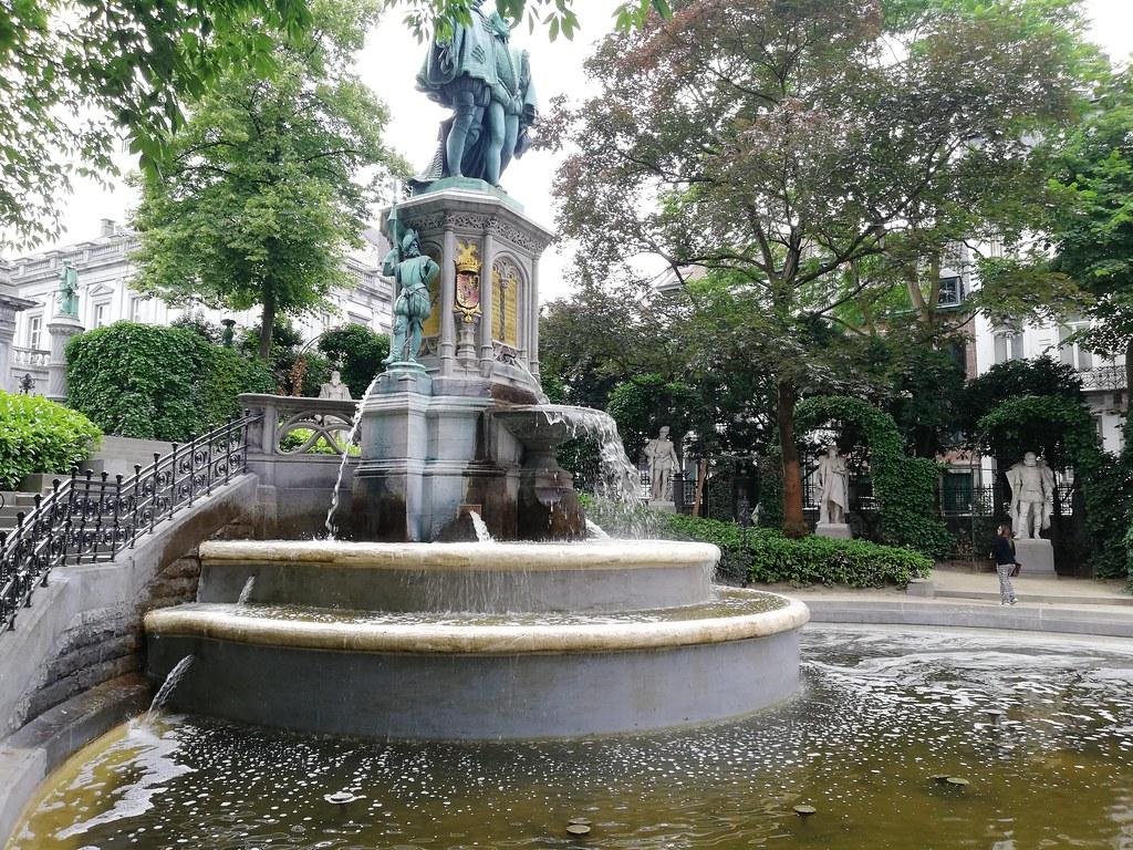 Estatua de Egmont y Homes