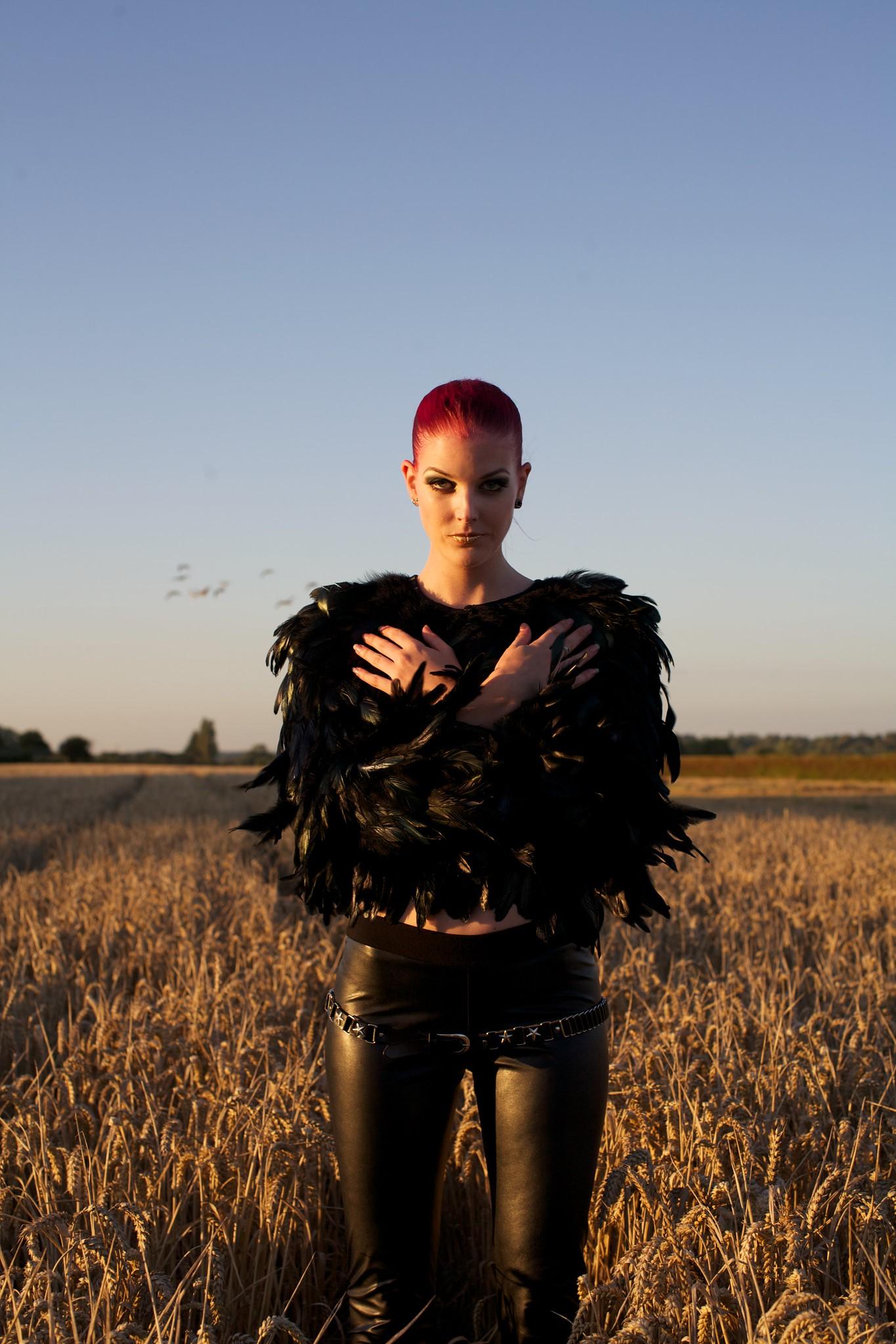Giles Caldicott Photography: portrait photographer   Lena