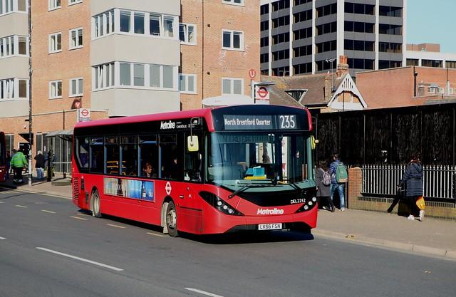 Metroline - DEL2252 - LK66FSN