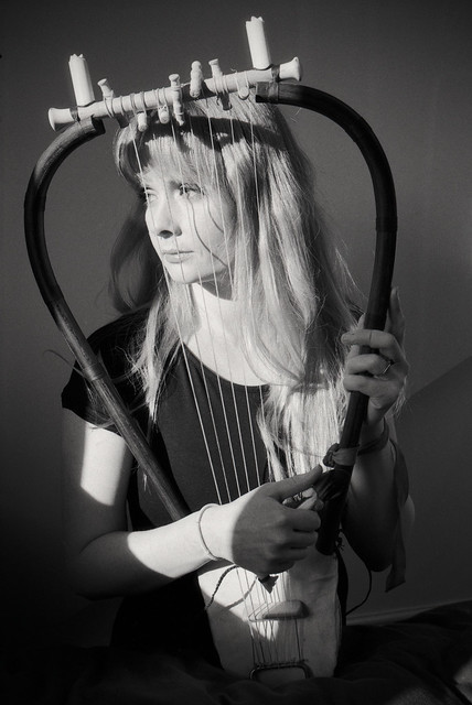 Stef and her lyre