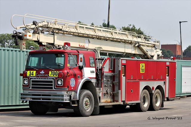 1983 International Cargostar 1950B Superior Fire Truck Kidd Operations Unit 34-700