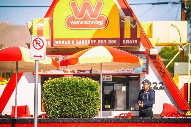 Welcome to der Wienerschnitzel Have A Nice Day