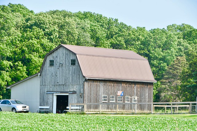 Large barn with small flag - Illinois
