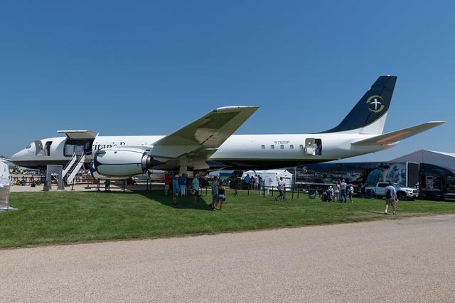 N782SP Douglas DC-8-72CF 46013 KOSH