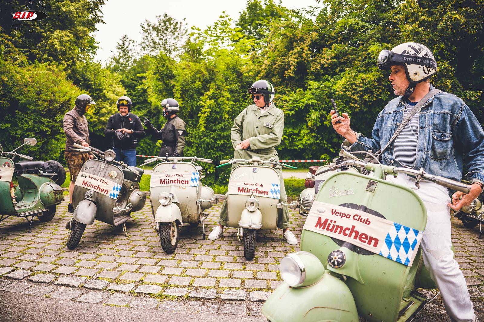 1. Vespa Rohrlenker Tour Vespa Club München