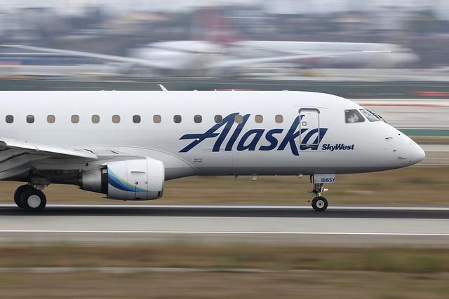 N186SY, Embraer ERJ-175, Alaska Airlines, Los Angeles