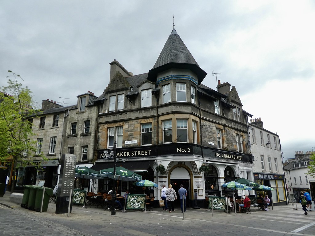Interesting buildings in the centre of Stirling