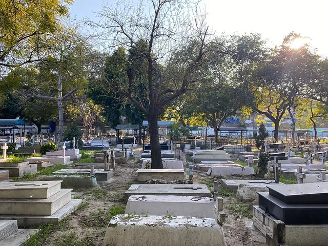 City Hangout - Indian Christian Cemetery, Paharganj